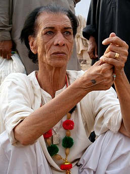 Pakistani man praying