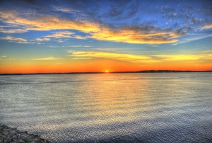 sunrise-over-lake-monona-1432194-m