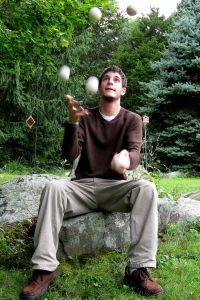 jugglingbalancing-1-1222377-m