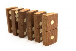 dominoes-1-1096878-m