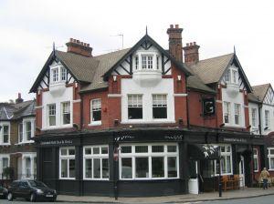 pub-house-785360-m