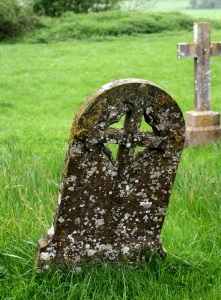 very-old-gravestones-1389772-m