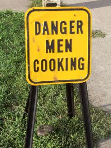 danger-men-cooking-384497-m