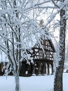Old Tavern courtesy of Freeimages.com/Karol S